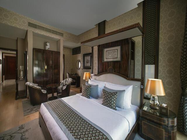 غرف الإقامة المميزة في فندق الريف البحرين تجعله من افضل فنادق المنامة الموصى بها.