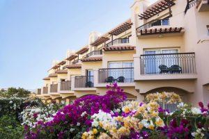 يُمكنك التعرُف على مُميزات فندق بيراميزا الغردقة من خلال هذا التقرير