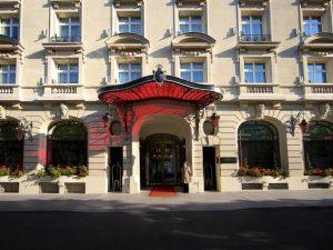 تقرير عن فندق رافلز باريس المميز للغاية والقريب من أهم المواقع السياحية بباريس