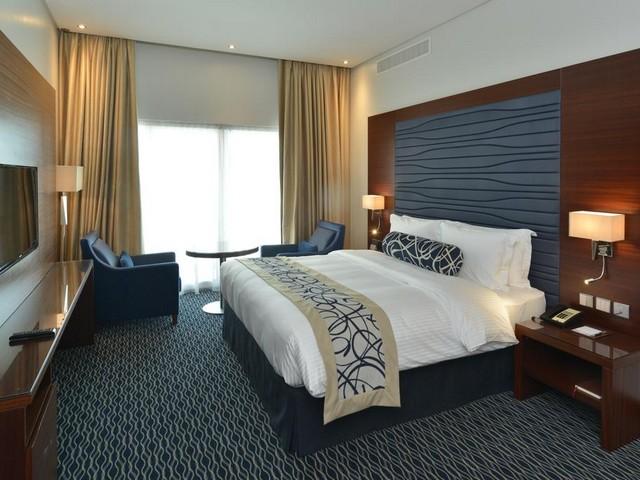 تتميز سلسلة فندق رمادا البحرين بأماكن إقامتها من غرف وأجنحة مميزة