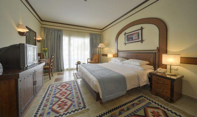 يقدّم مقالنا ترشيحاتنا من افضل فنادق شرم الشيخ 4 نجوم اكوا بارك