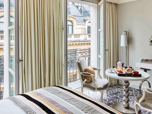 فندق سوفيتل باريس لو فوبور فيه شرفات لإطلالات مميزة في مدينة باريس