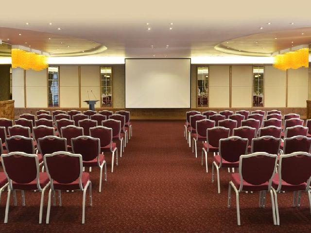 أفخم قاعة اجتماعات في فندق سويس بل هوتيل البحرين