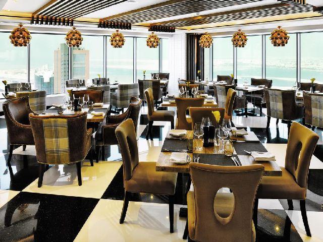 يعتبر مطعم فندق الدومين البحرين من أفخم المطاعم وأكثر أناقة في البحربن