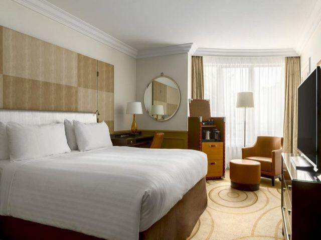 فندق ماريوت باريس شانزليزيه من افخم الفنادق في باريس وأكثرها عصرية