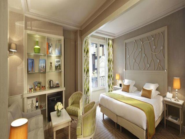 فندق روتشستر شانزليزيه من افخم فنادق باريس وأكثرها ابتكاراً