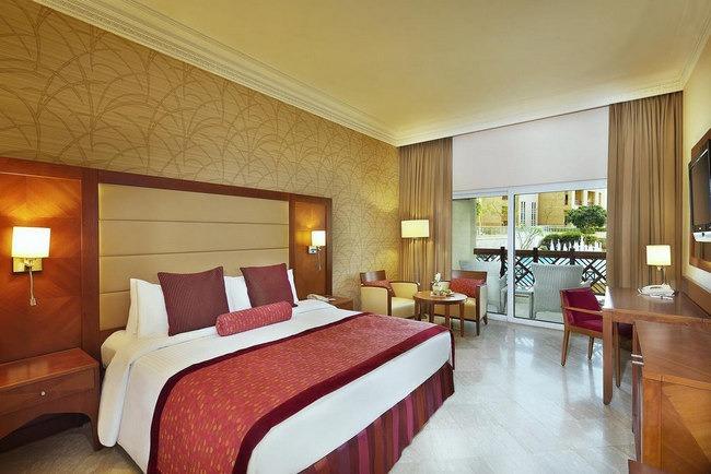 غُرف أنيقة تشمل تراس رائع في فندق بالبحر الميت