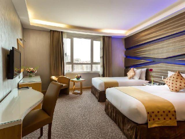 غرفة قياسية في فندق سفير البحرين