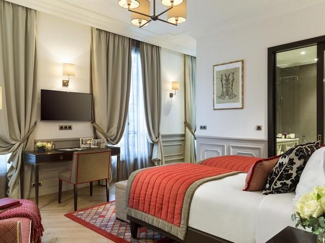 مرافق الغرق المميزة من فندق لاكليف باريس