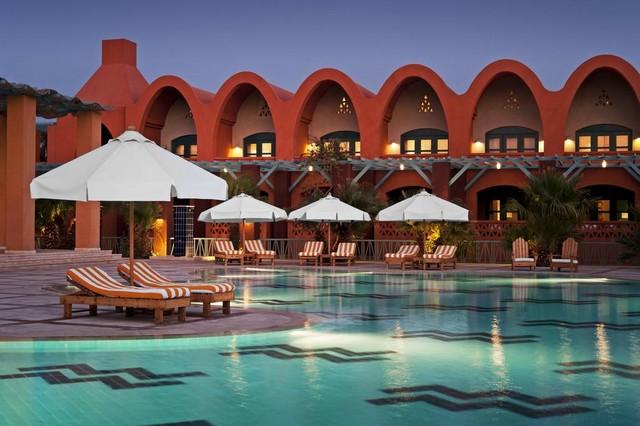 يُمكن الاستمتاع بعدد كبير من المرافق الترفيهية داخل فندق شيراتون ميرامار الجونة