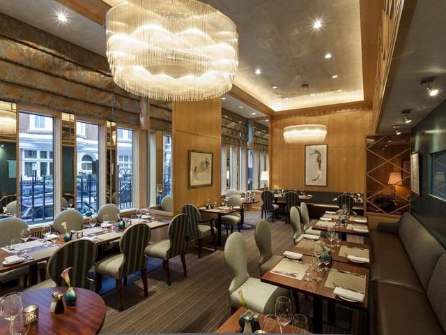 يوفر بارك لين ميوز لندن مطعماً مميزاً للمأكولات البحرية