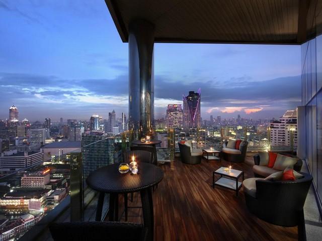 الجلسات المميزة من فندق اماري وترجيت بانكوك مع الإطلالات الساحرة على المدينة