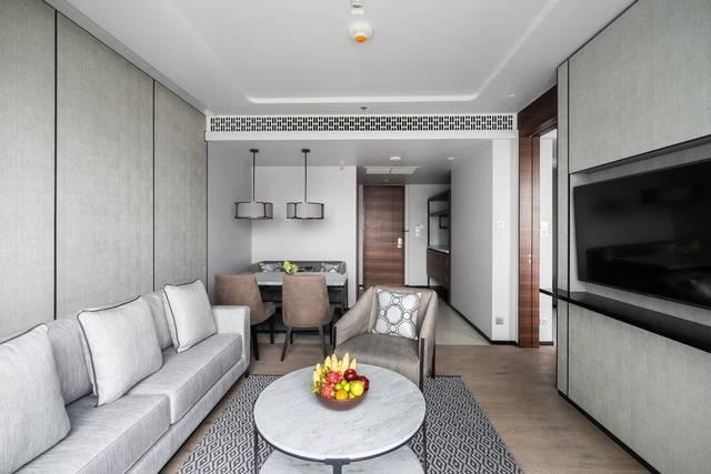 فندق ماريوت سوراونجس يتمتع بمرافق وخدمات لازمة لراحة الضيوف