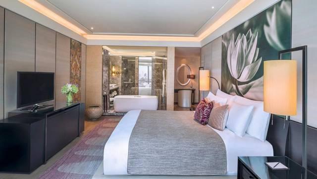 من بين افضل فنادق بانكوك لشهر العسل يُعد فندق سيام كمبنسكي بانكوك من القرارات الصائبة