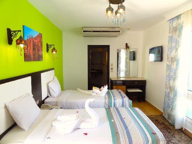 من أهم اسماء فنادق شرم الشيخ 3 نجوم التي توفر منطقة شاطئ خاصة