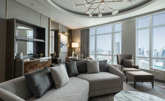 السكن في بانكوك قرار صائب لمن يبحث عن أجواء من المتعة، هذا تقرير مفصل عن فندق جراند سنتارا بانكوك