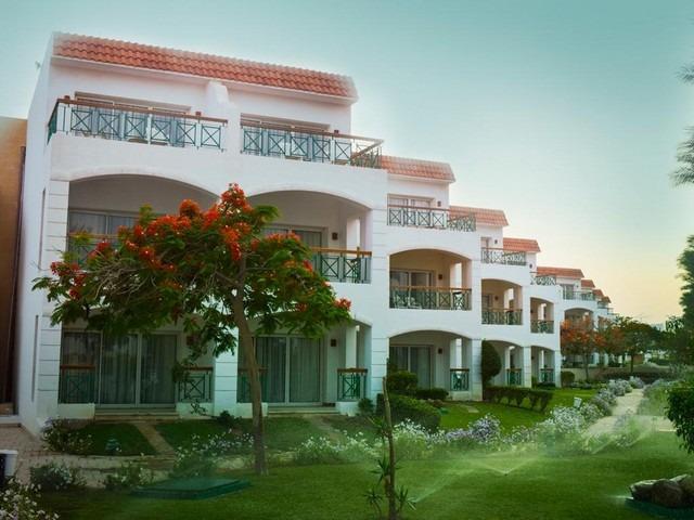 الحديقة الرائعة في فندق سيرينا اكوا بارك شرم الشيخ الجميل