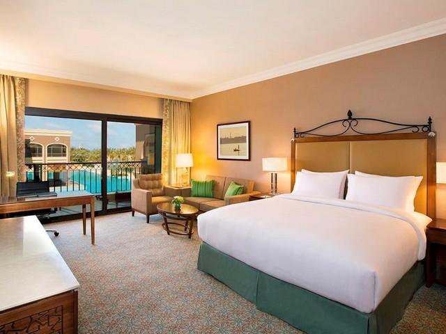 غرفة مطلة على المسبح في فندق هيلتون برج العرب الاسكندرية