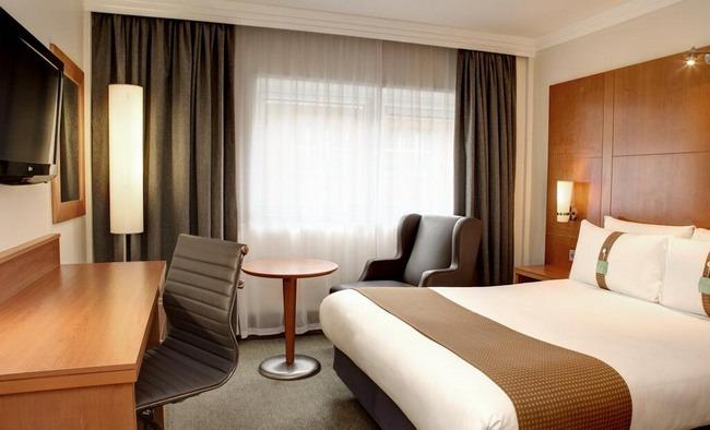 الغُرف الرائعة في فنادق هوليدي ان لندن