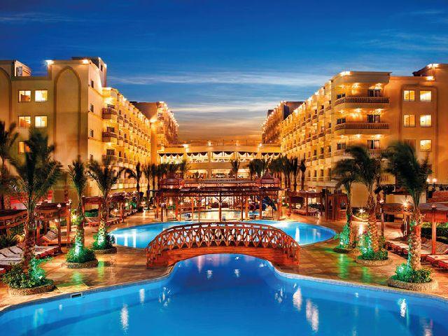 أفخم الفنادق في قرى الغردقة