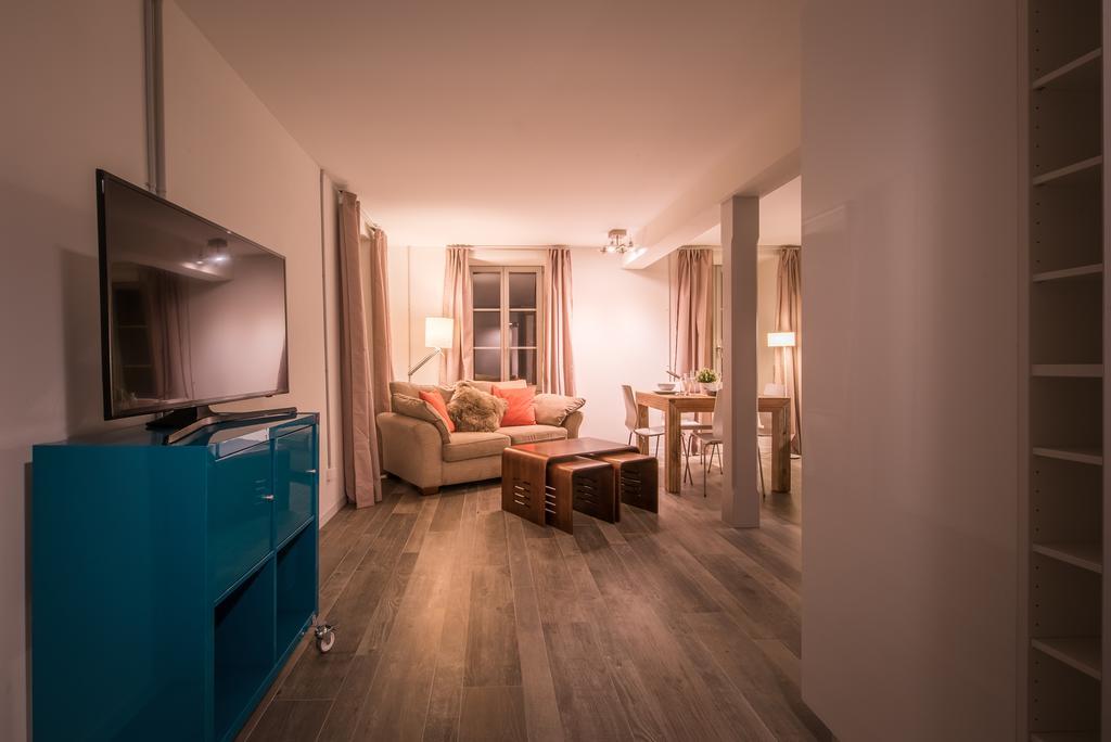 غرف في شقة ديبيندنس ويست انترلاكن  احد فنادق انترلاكن خمس نجوم