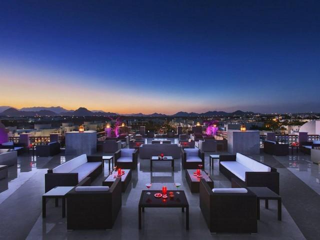 سحر الجلسات المسائية في فندق رويال هوليداى شرم الشيخ