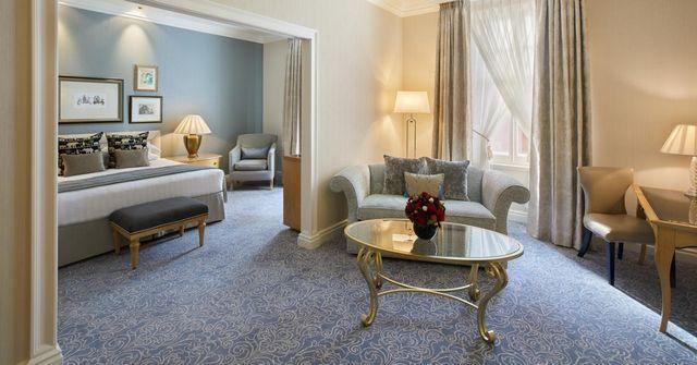 ما عليك سوى مُتابعة التقرير، ربما حالفك الحظ بحجز افضل فندق لندن