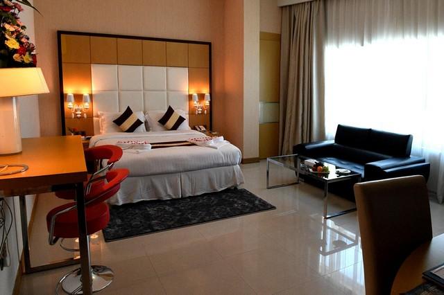 فنادق المنامه في شارع المعارض أكثر شوارع المنامة تميزاَ