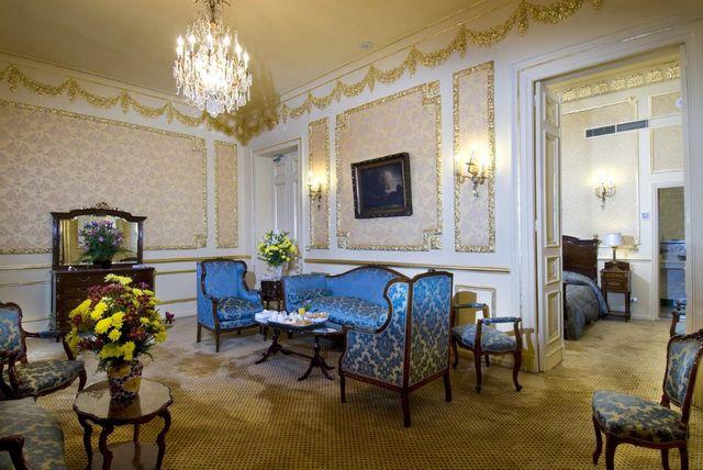 فنادق المنشية الاسكندرية من أفضل أماكن الإقامة المُوصى بها في الاسكندرية