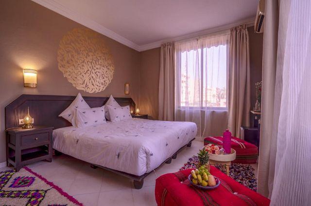 قد تُناسبك فنادق في مراكش 4 نجوم للإقامة بها إن كنت تبحث عن فندق يمنحك إطلالة خلابة وخدمات راقية