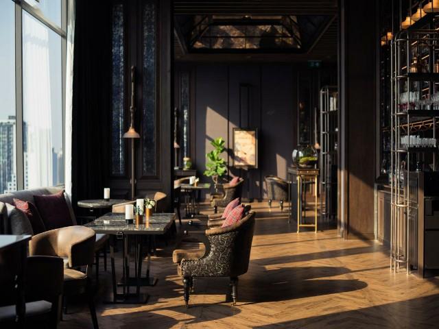 يضم فندق ماريوت ماركيز بانكوك مطعم واحدا