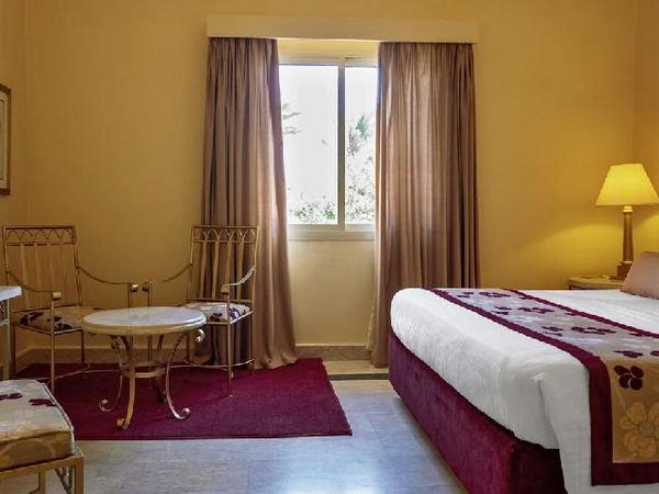 فندق ماجيك لايف شرم الشيخ الذي يعتبر من أبرز  فنادق خليج نبق 5 نجوم في مصر