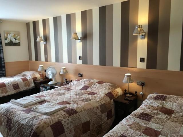 الغرف الكبيرة والعائلية في فندق سانت جورج لندن المميز