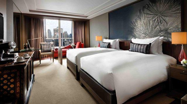 يوفر فندق سوفيتيل بانكوك سوخومفيت إقامة عائلية بأسعار مقبولة، تعرف معنا