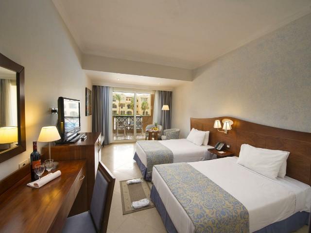 مساحات الغرف واسعة في فندق ستيلا دى مارى مكادى جاردن الغردقة