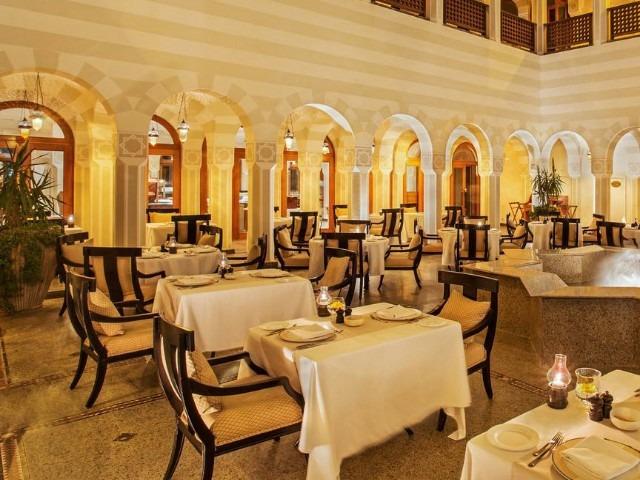 يضم فندق اوبروي الغردقة مطاعم متنوعة