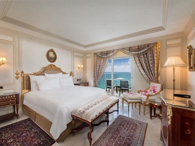 يعد فندق هيلتون كورنيش أحد افضل منتجعات في الاسكندرية 5 نجوم
