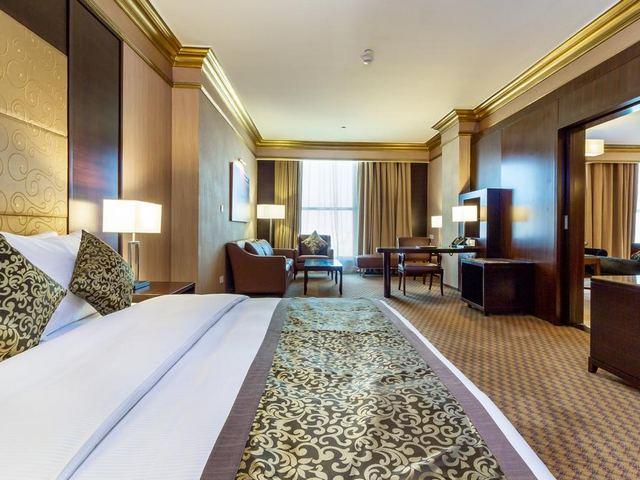 من فنادق الدمام السعودية 5 نجوم، يتميّز بموقع فريد في قلب المدينة،