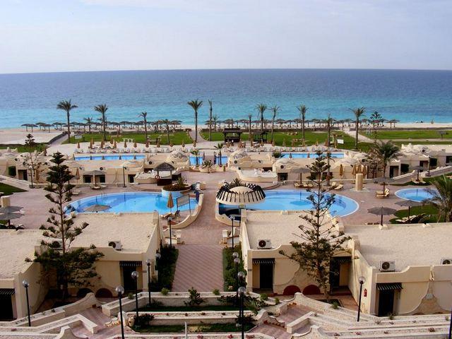 يُعد فندق ابروتيل الساحل الشمالى من افضل فنادق الاسكندرية 5 نجوم