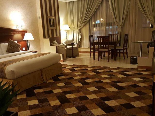 من افخم فنادق في خميس مشيط 4 نجوم حيث يتميز بالموقع القريب من المطار
