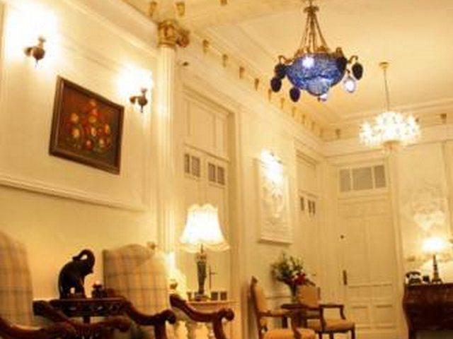 يعتبر فندق فيليب هاوس الاسكندرية محطة الرمل من الفنادق ذات الطابع التراثي القديم.