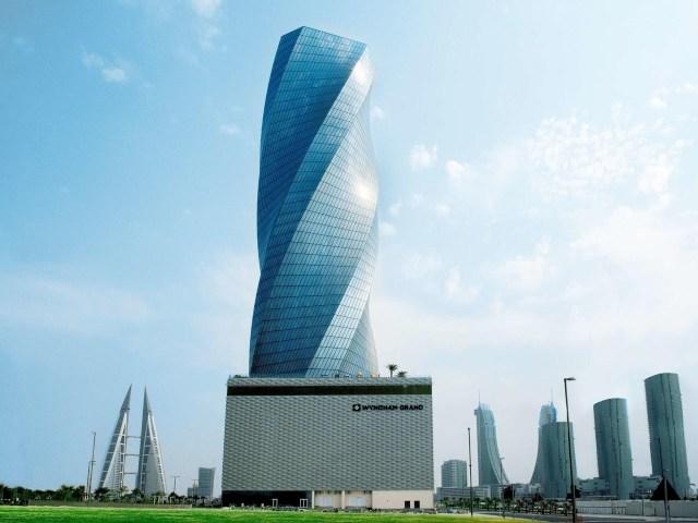 فندق ويندهام جراند المنامة تحفة معمارية من الداخل والخارج