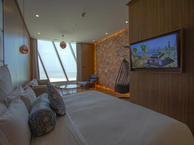 غرفة في ويندهام جراند المنامة مع إطلالة