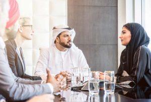 قوانين دبي للسياح