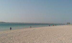 شاطئ ابوظبي من اجمل شواطئ ابوظبي